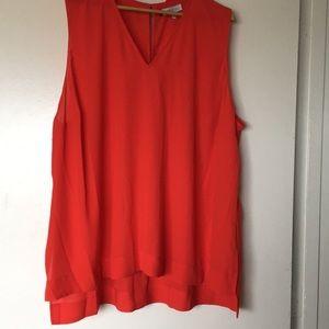 Lightweight sleeveless blouse